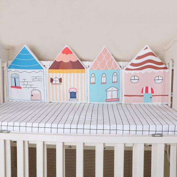 protector de cama casita colorines